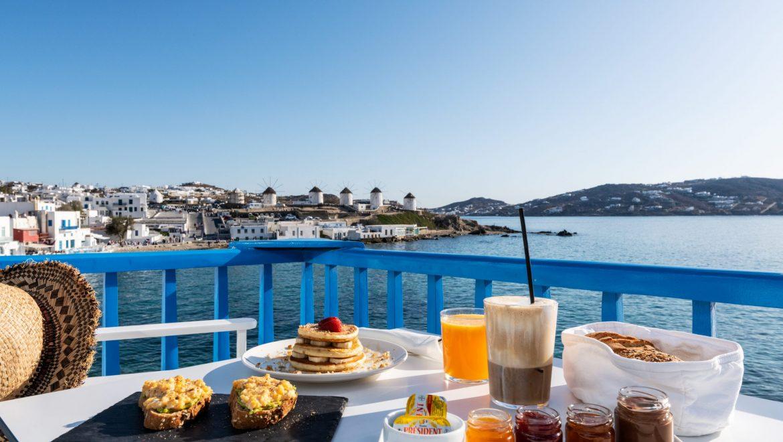 bluetopia_breakfast_1